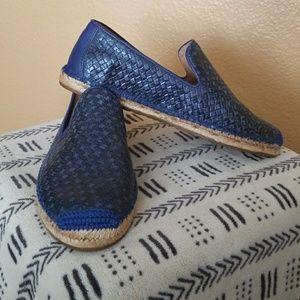UGG Sandrinne Metallic Basket Round Toe Flat Shoe
